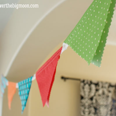 Adjustable Button Bunting