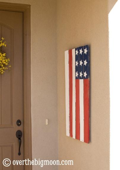 DSC 0500 Pallet Flag