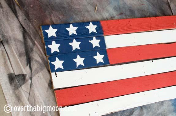 DSC 055755 Pallet Flag
