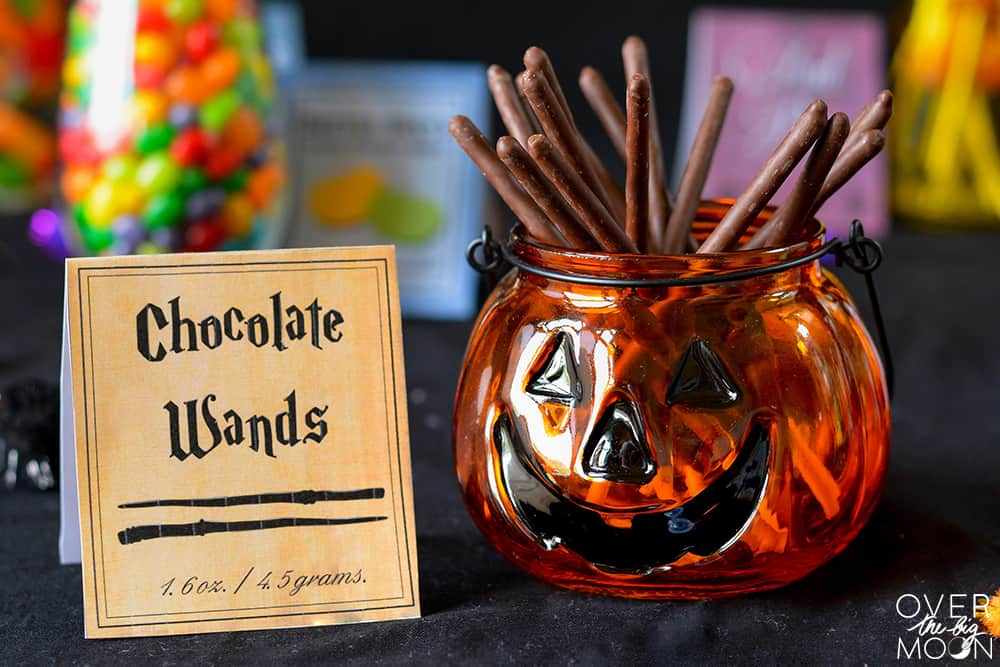 Free Harry Potter Candy Printables - perfect for any Harry Potter Party or Halloween Party! www.overthebigmoon.com