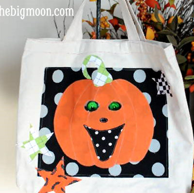 Trick or Treat Bag with Lit Moving Eyes!