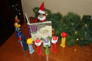 259097784781785401 hp96Tdg4 c 1 300x200 25 Elf on the Shelf QUICK & EASY Ideas that take Under 5 mins!