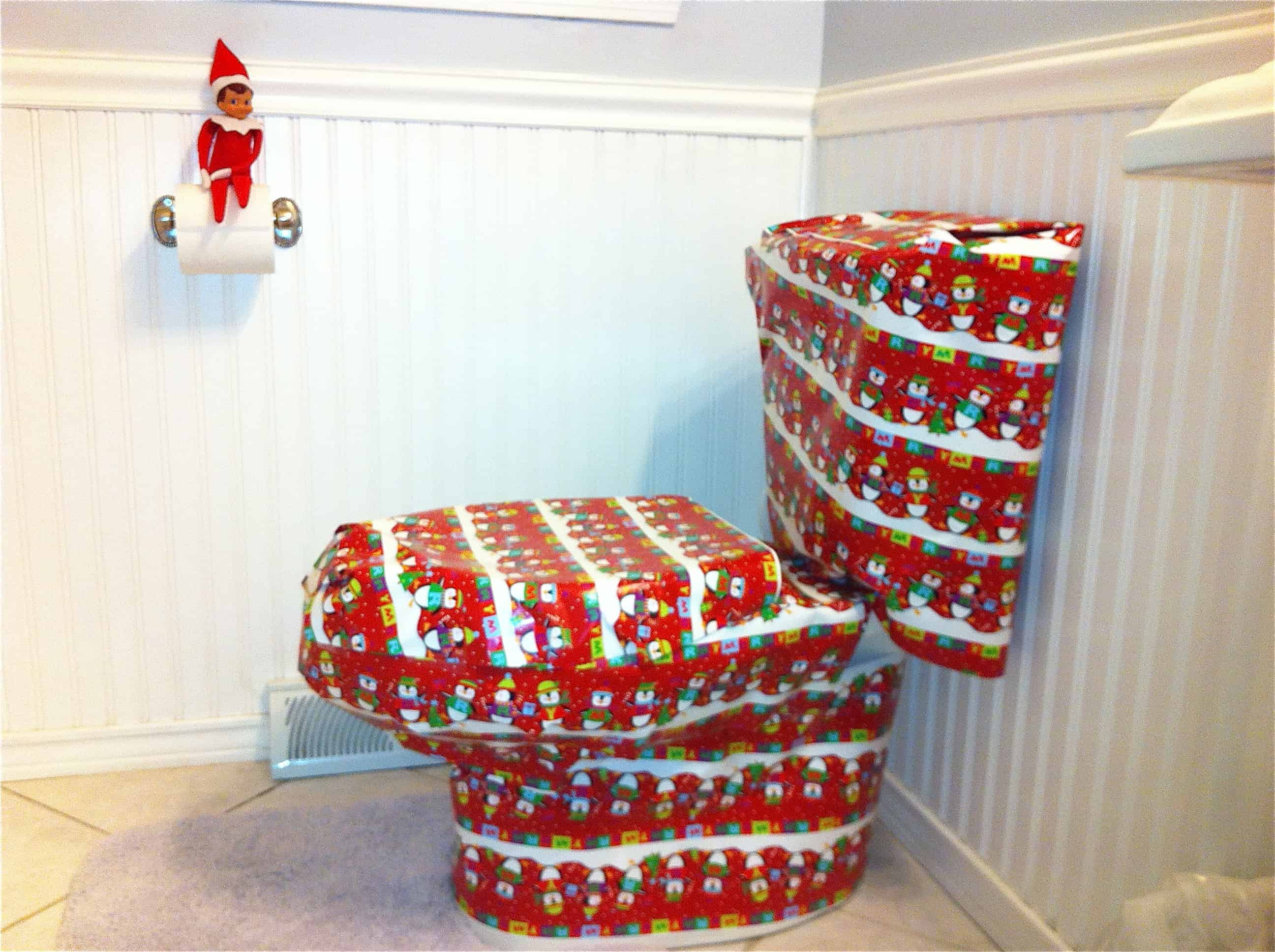25 Elf On The Shelf Quick And Easy Ideas That Take Under 5