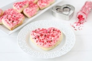 lofthouse style sugar cookies1 300x200 20 Valentines Days Activities for Kids Roundup
