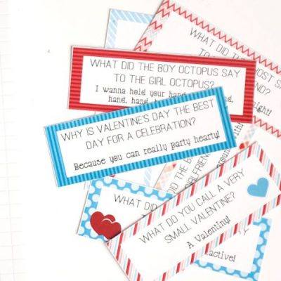 Valentine's Day Lunch Box Joke Cards! From overthebigmoon.com!