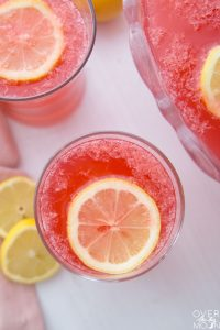 A glass of Sparkling Fruit Punch Lemonade! From overthebigmoon.com!