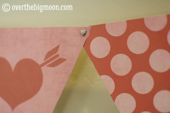 valentines bunting4 Free Printable Valentines Mix and Match Bunting