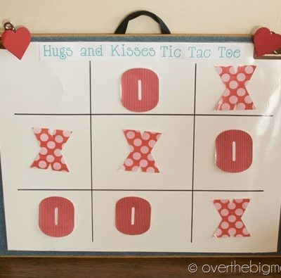Hugs and Kisses Tic Tac Toe