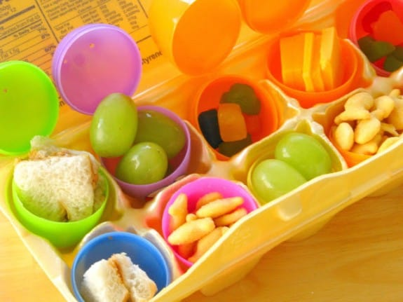 Easter Egg Lunch Hunt and 10+ other fun Easter Egg Hunt Ideas! From overthebigmoon.com!