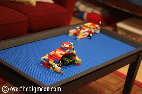 legotable1