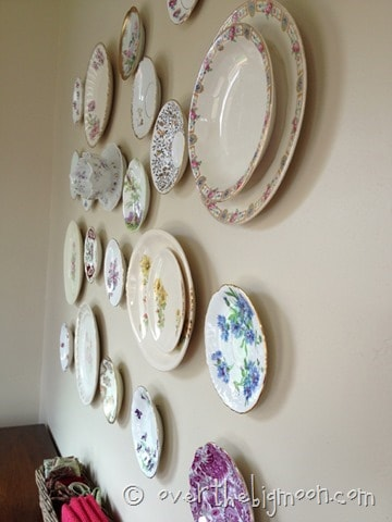 plate wall10 thumb Heirloom Plate Wall Made Easy