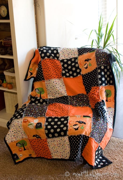 how to make a blanket with fabric