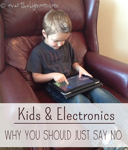 kids and electronics thumb Kids and Electronics: Why you Should Consider Saying NO!