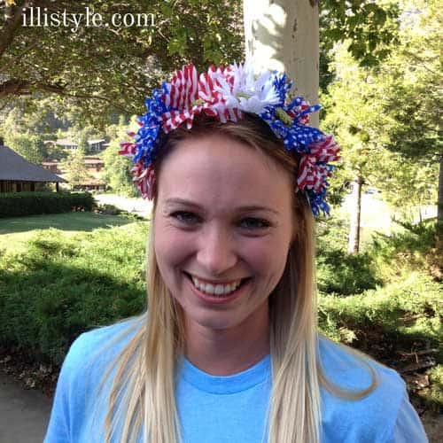 Patriotic Floral Headband tutorial - illistyle.com