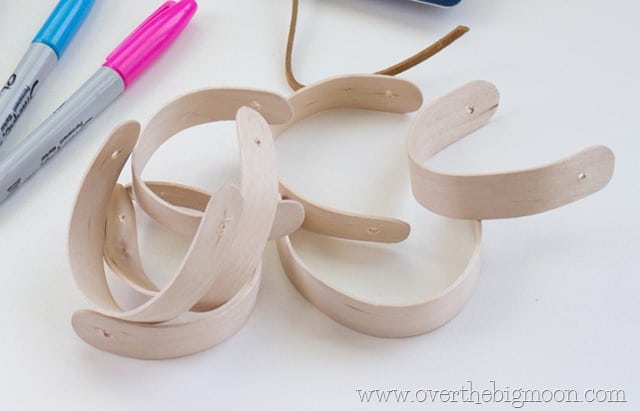 craft stick bracelets19