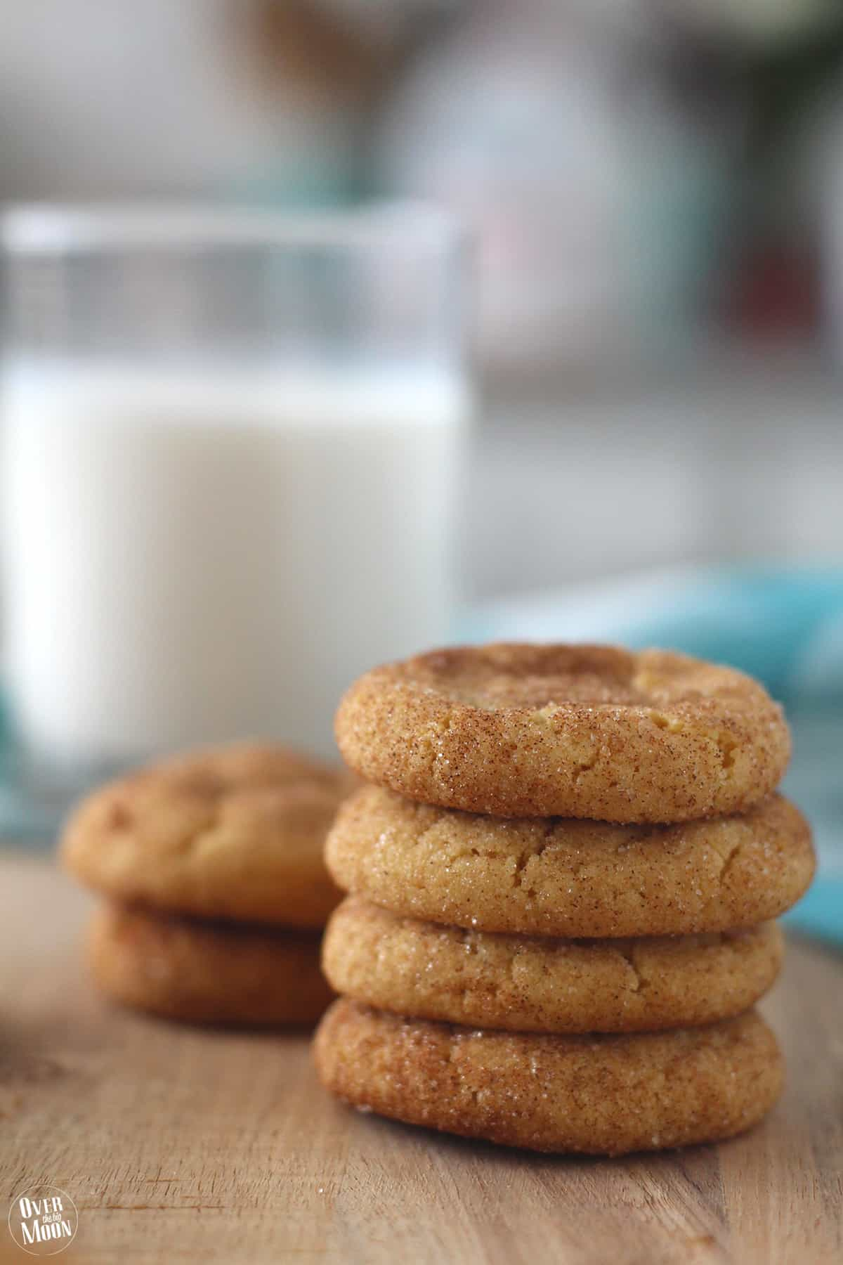 Peanut Butter Cake Box Cookies - these are super quick and always a crowd pleaser! Recipe at www.overthebigmoon.com!