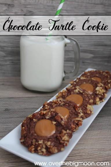 chocolate-turtle-cookie