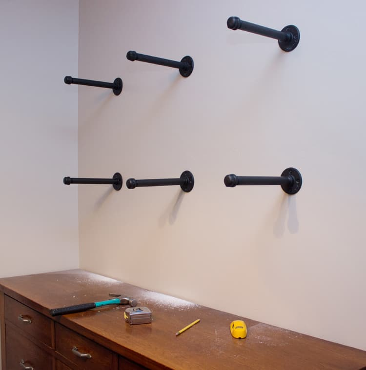 Kitchen Using Steel Shelves