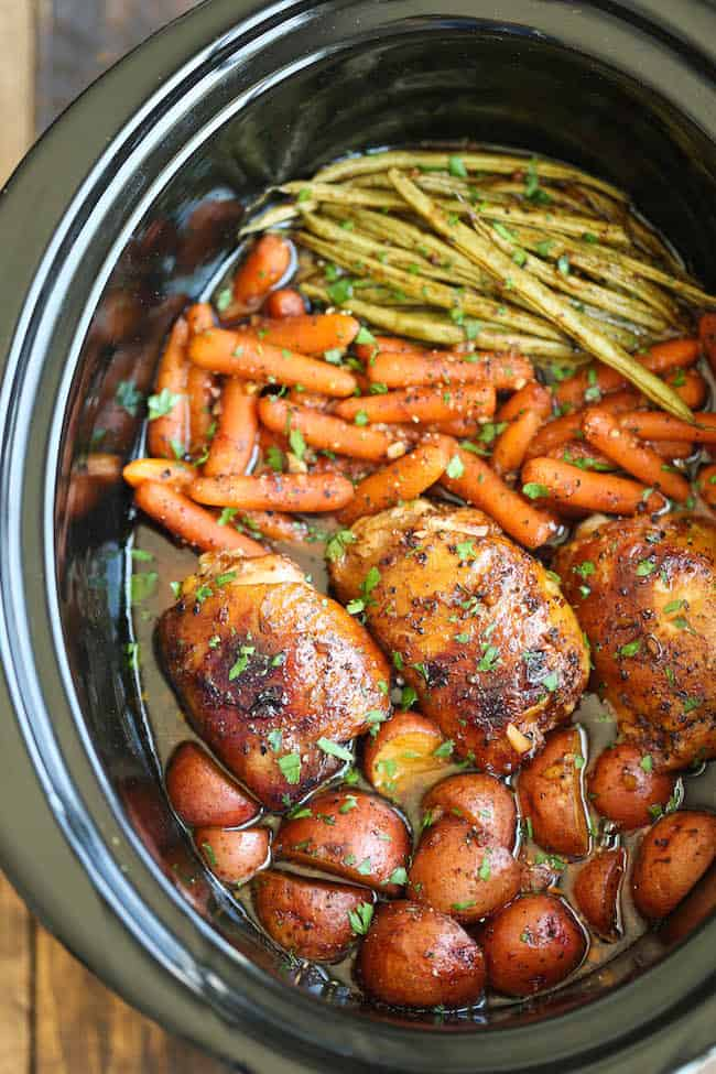 40 Crockpot or Make Ahead Dinners - we all have those crazy evenings! These are perfect dinners that you can make earlier in the day! From www.overthebigmoon.com!