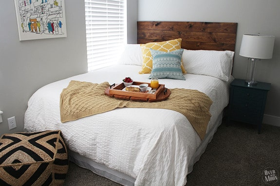 Easy DIY Headboard using Command Strips to hang it! Seriously guys - this is awesome! From www.overthebigmoon.com!