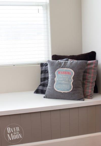elf pillow12