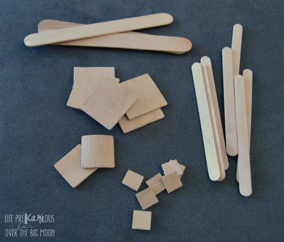 Easy Wooden Snowflakes