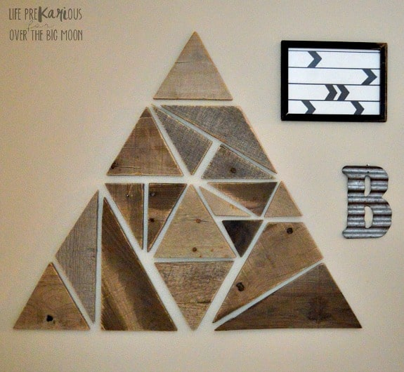 http://overthebigmoon.com/wp-content/uploads/2016/01/DIY-Geometric-Wooden-Wall-Decor4.jpg