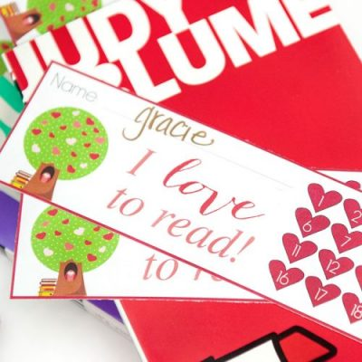 Fun Printable Bookmarks -- this heart themed one is perfect for Valentine's Day!