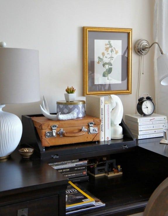 bedside table desk decorating