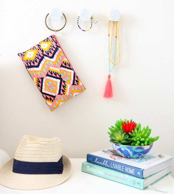 DIY Marble Hexagon Wall Hooks