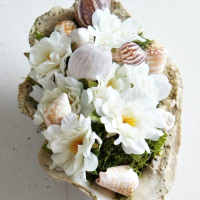 DIY Sea Shell Floral Arrangment - so pretty and easy to put together!
