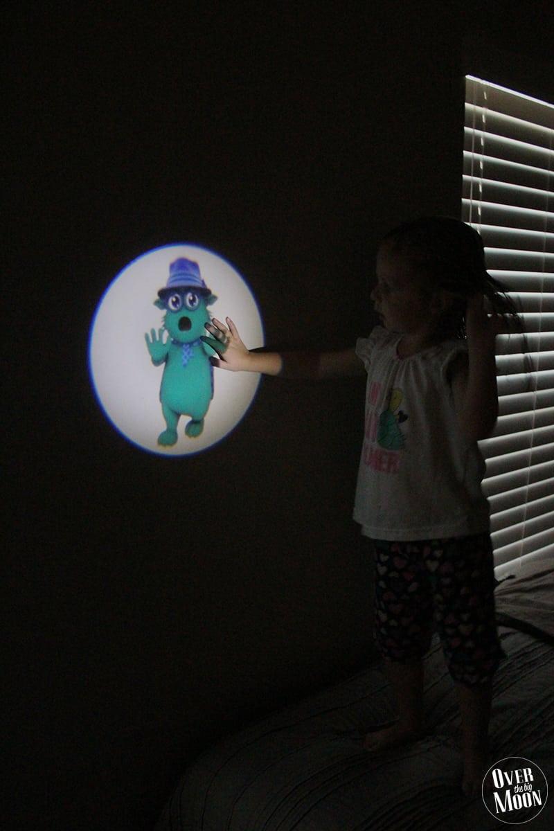 moodsters-flashlight