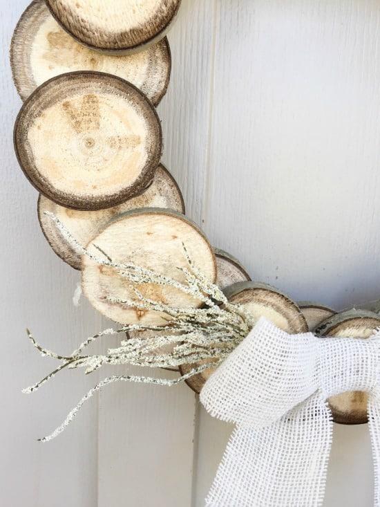 diy-wood-slice-thanksgiving-wreath