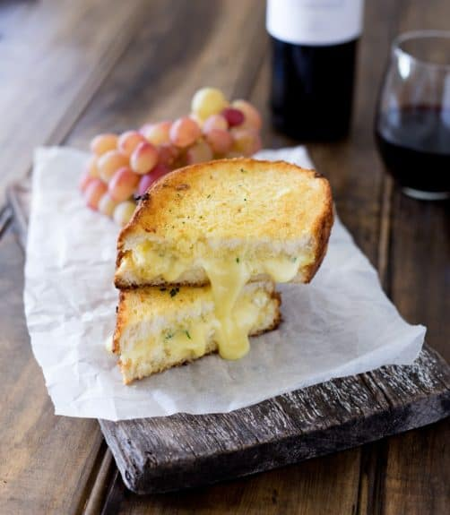 garlic-and-brie-toastie4