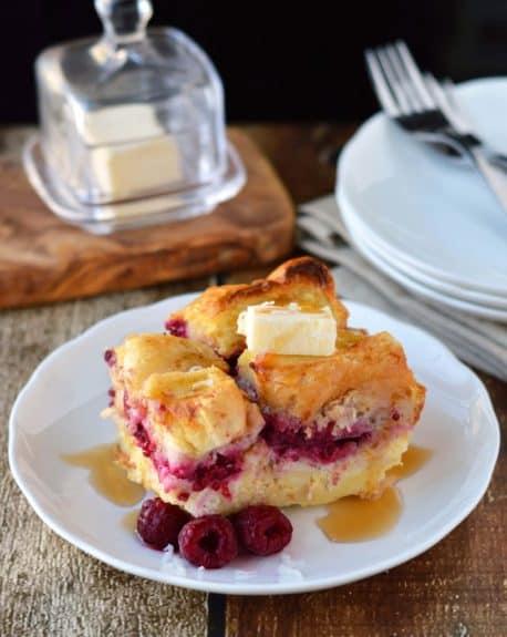 raspberry-coconut-cream-stuffed-french-toast-815x1024