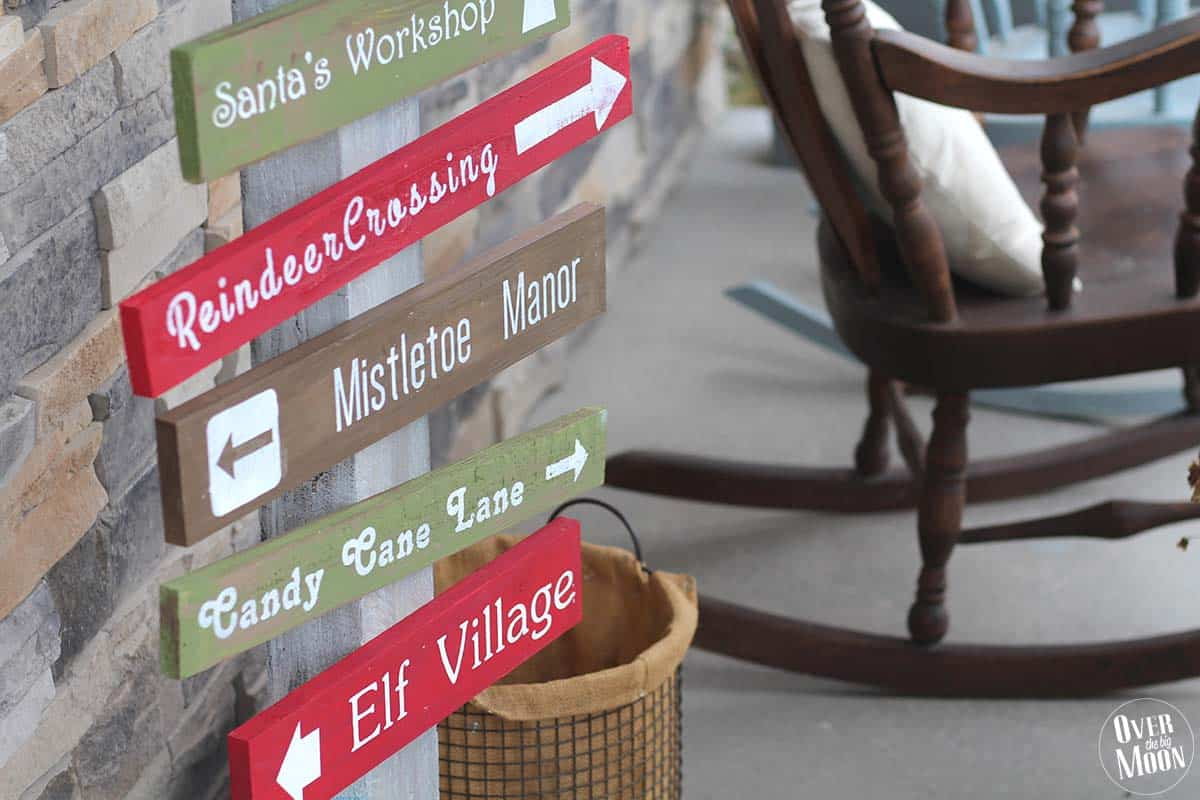 Holidays: DIY North Pole Sign- make this adorable sign to sit on your porch for Christmas from Over the Big Moon.