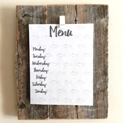 DIY Menu Board - such an easy way to display your printed weekly menu!