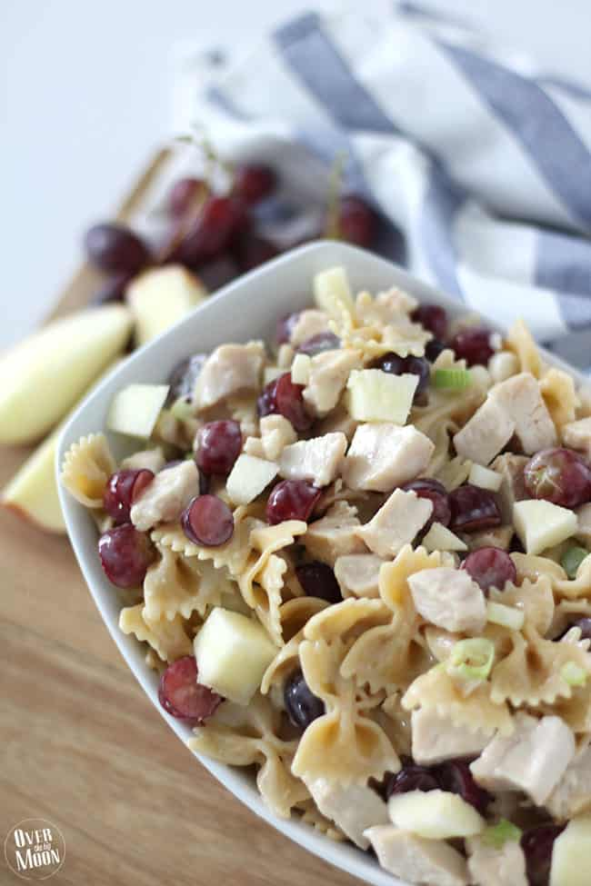 Chicken Bowtie Pasta Salad - this salad has such great textures and is loved by most everyone! From www.overthebigmoon.com!