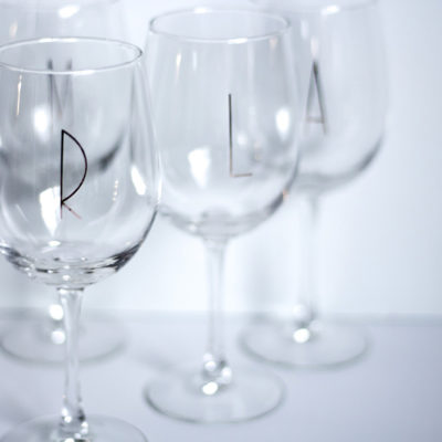Every kitchen needs a monogrammed wine glass! This may just become your favorite thing in your kitchen. Glassware is one of my favorite craft resources.