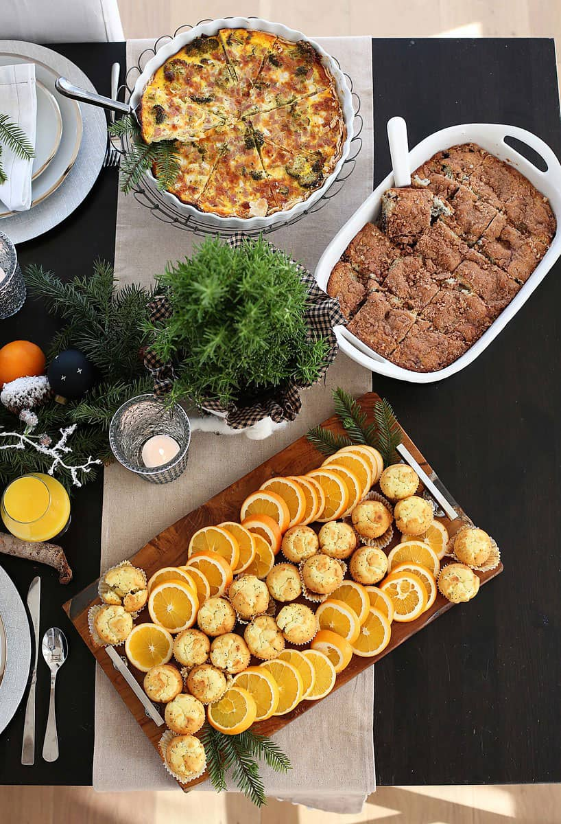 Christmas Brunch Recipe Ideas from www.overthebigmoon.com!