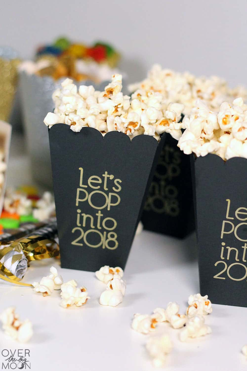 Let's POP into 2018 - popcorn treat boxes! From overthebigmoon.com!