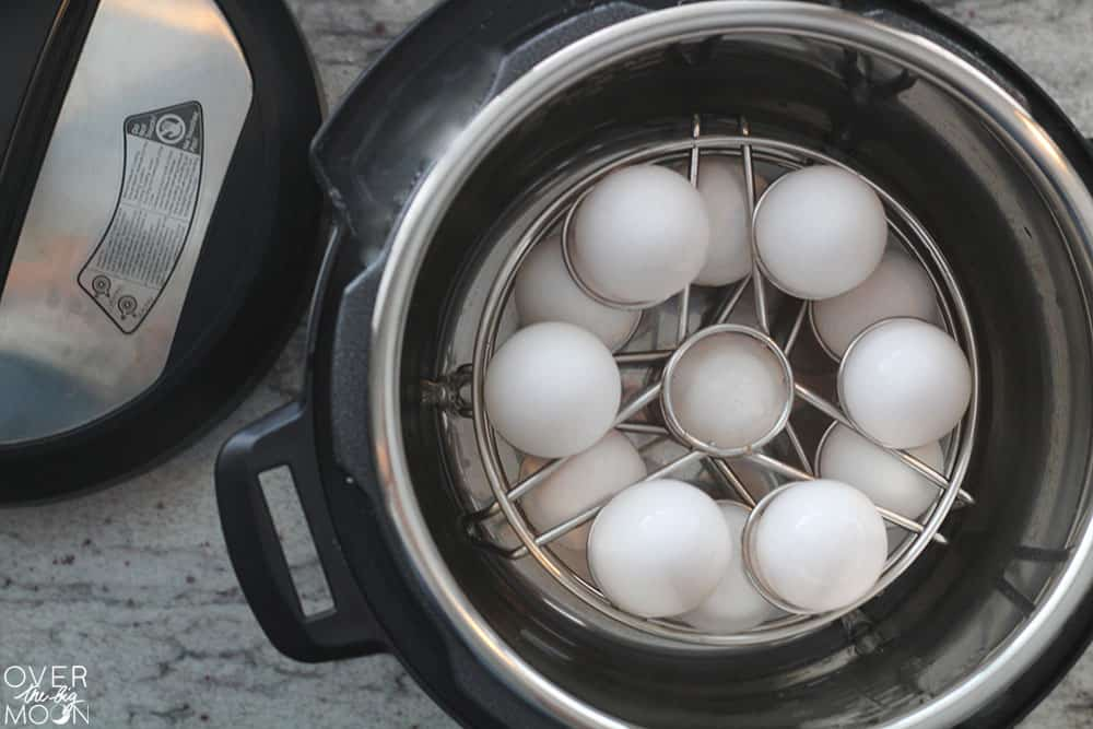 Step by step instructions on how to cook hard boiled eggs in your Instant Pot! From overthebigmoon.com!