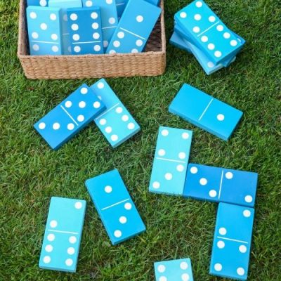 35+ Fun Backyard Games for the Family from overthebigmoon.com!