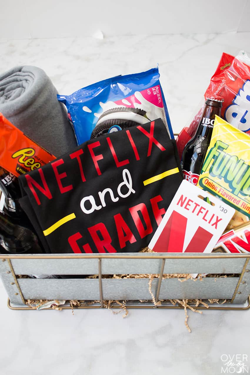 Netflix Binge Basket - the perfect teacher gift! From overthebigmoon.com! & 15 Easy Christmas Gifts For Teachers - Over The Big Moon