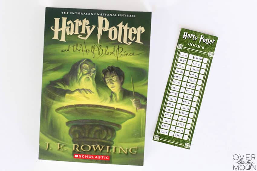 Harry Potter - chapter by chapter - Bookmarks for kids! From overthebigmoon.com!