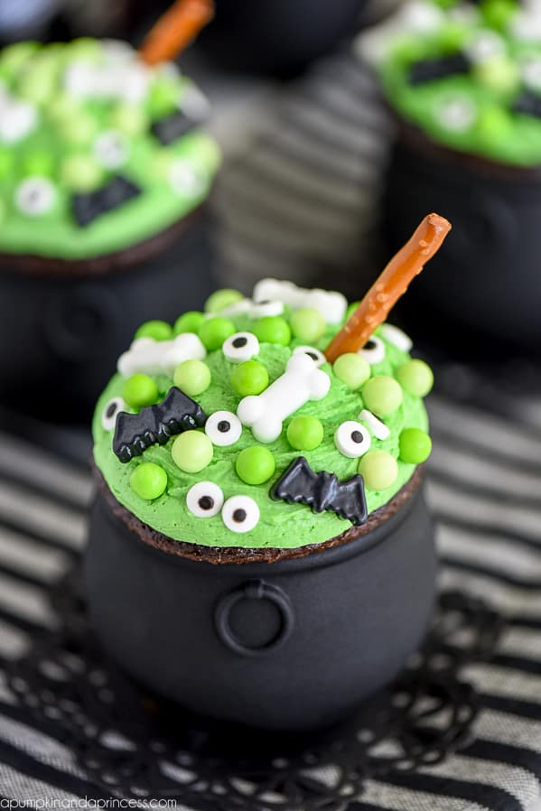 The Best Halloween Party Treats Over The Big Moon