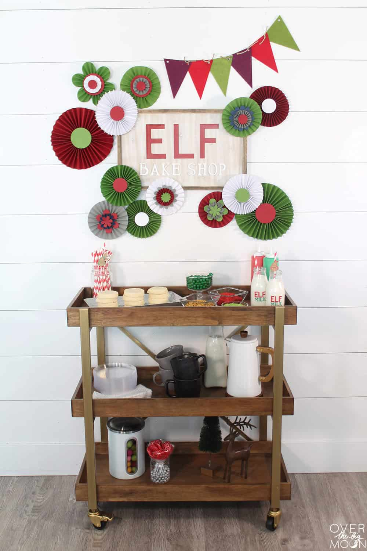 DIY Elf Cookie Decorating Setup! Tutorial from overthebigmoon.com!