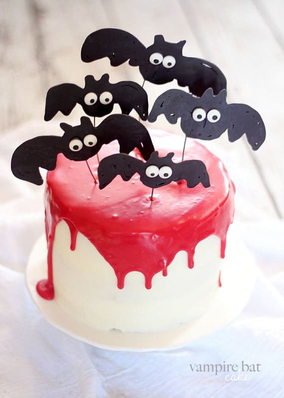 The BEST Halloween Party Treats from overthebigmoon.com!