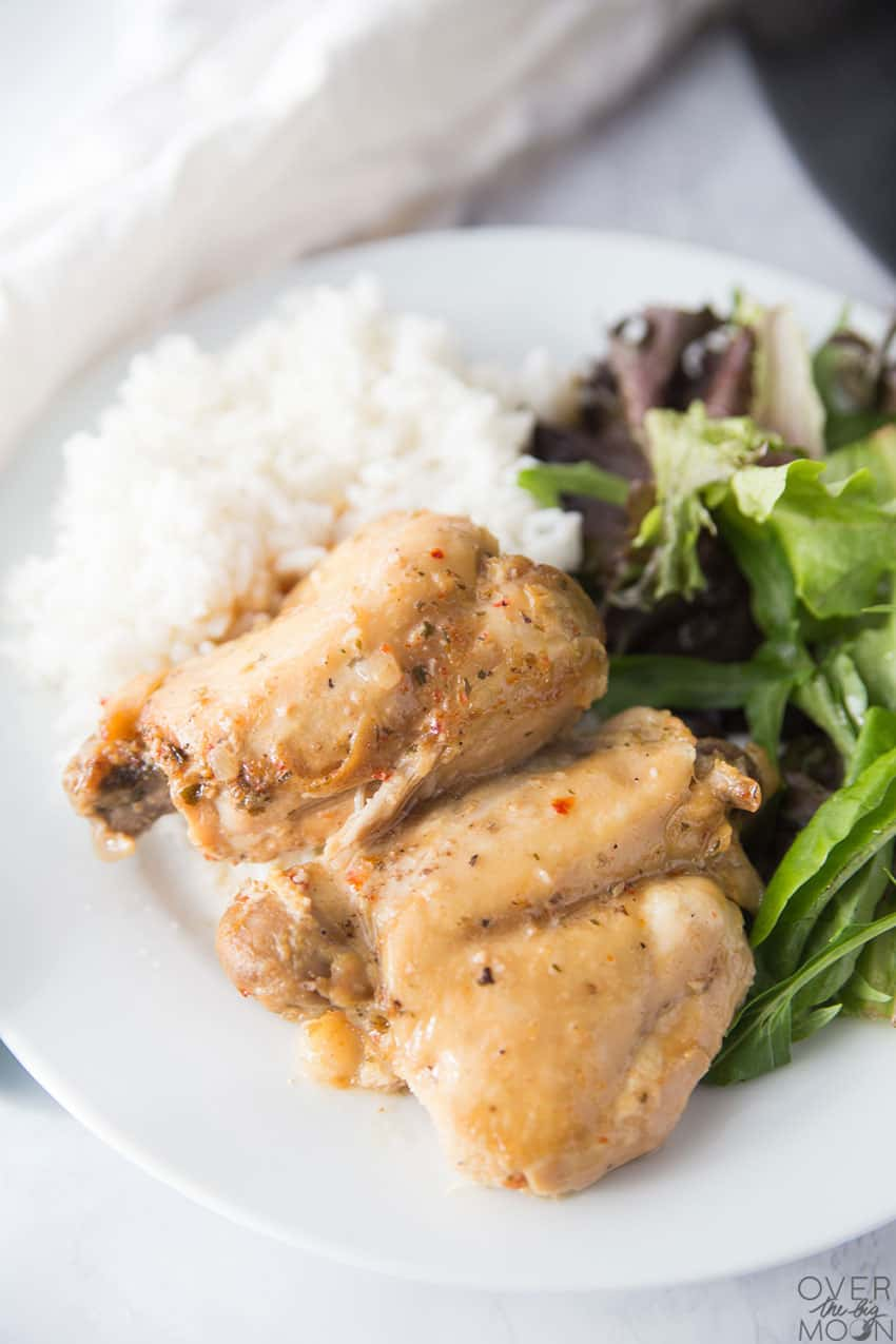Cafe Rio Chicken Recipe - perfect go to dinner for any night of the week, but a favorite to serve for parties or potluck! From overthebigmoon.com!