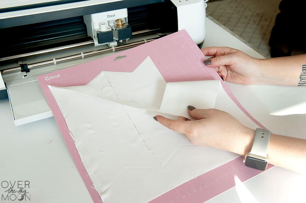 Cricut Maker cutting fabric. From overthebigmoon.com!